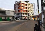 Location vacances  Sénégal - Rond point 2-4