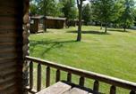 Villages vacances Wisconsin Dells - Fremont Jellystone Park Loft Cabin 1-2