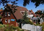 Location vacances Spiekeroog - Fischerhaus Ferienwohnungen am Hafen-1