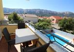 Location vacances Baška - Pool House Baska (4438)-1