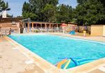 Camping avec Ambiance club Languedoc-Roussillon - Camping Le Val de Cesse-1