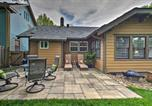 Location vacances Olathe - Bright Bungalow with Patio - Walk to Loose Park-2