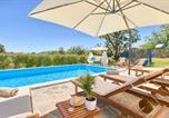 Location vacances Žminj - Tomisici Villa Sleeps 12 Pool Air Con Wifi-2