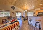 Location vacances Holbrook - Family Cabin with Porch about 3 Mi to Fool Hollow!-1