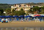 Location vacances Roseto degli Abruzzi - Pineta 32 bilocale al mare con servizio spiaggia-3