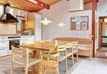 Location vacances Allinge - Three-Bedroom Holiday home in Nexø 39-2