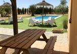Location vacances Añora - House with 4 bedrooms in Alcaracejos with shared pool enclosed garden and Wifi-2