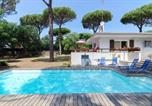 Location vacances Vidreres - Caules Villa Sleeps 8 Pool Air Con Wifi-4