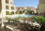 Location vacances  Malte - Mellieha apartment with pool and beaches nearby-1