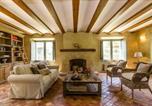 Location vacances Sant Martí Vell - San Sadurni Villa Sleeps 16 Pool Wifi-3