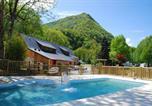 Camping avec Piscine couverte / chauffée Agos-Vidalos - La Forêt - Camping Sites et Paysages-1