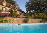 Location vacances Carlux - Maison de charme à 5 km de Sarlat avec piscine-1