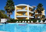 Location vacances Roseto degli Abruzzi - Cozy Holiday Home in Cologna Spiaggia with swimming Pool-1