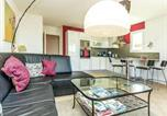 Location vacances Charleval - Charming Apartment in Mallemort with Swimming Pool-4