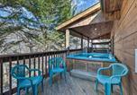 Location vacances Harrisonburg - Idyllic Massanutten Resort Home with Hot Tub!-2