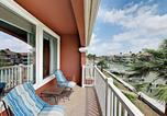 Location vacances Harlingen - New Listing! Secluded Waterfront Townhome w/ Pools-1