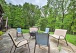 Location vacances Rogers - Bentonville Home with Pool Table, 2 Mi to Downtown!-2