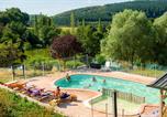 Camping avec Piscine couverte / chauffée Nièvre - Camping La Fougeraie-1