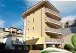 Location vacances  Province d'Udine - Apartments in Lignano 21702-1