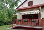Location vacances Balatonmáriafürdő - Holiday home in Balatonmariafürdo 37981-3