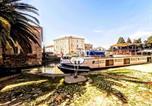 Location vacances Moussan - Appartement Exceptionnel au bord du Canal du Midi-3