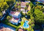 Location vacances Roda de Barà - Villa estilo californiano con piscina-1