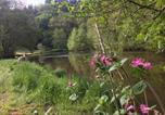 Camping avec Site nature Pressignac - Camping La Chatonnière-2