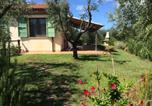 Location vacances  Province de Livourne - Casa Rosina 6 km da Marina di Cecina 300-1