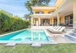 Location vacances Cascais - Villa Crisante - Luxury 4 Bedroom Villa in Cascais - Private Pool and Games Room-1