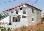 Location vacances Kali - Apartments by the sea Kali, Ugljan - 8269-1