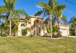 Location vacances Punta Gorda - Port Charlotte Home on Canal with Lanai and Pool!-3