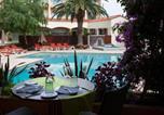 Hôtel Pollestres - Qualys-Hotel Perpignan Le Mas Des Arcades-1