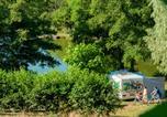 Camping avec Site nature Champvert - Camping L'Etang de la Fougeraie-1