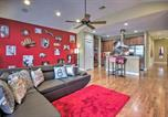 Location vacances Humble - East Dtwn Townhome More Than 5 Mi to Main Attractions-2