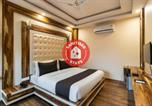 Hôtel Dehradun - Vaccinated Staff- Oyo Townhouse Oak 50141 Gk Residency