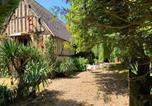 Location vacances Chaise-Dieu-du-Theil - House with 4 bedrooms in Dame Marie with furnished garden and Wifi-1