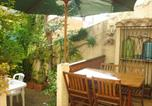 Location vacances Torreilles - House with 2 bedrooms in Sainte Marie with enclosed garden and Wifi 150 m from the beach-1