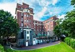 Hôtel Royaume-Uni - Rest Up Hostel-1