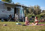 Camping avec Site nature Franche-Comté - Huttopia La Plage Blanche-4