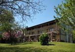 Location vacances  Province de Belluno - Bioagriturismo Vegan Campo di Cielo-1