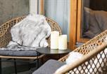 Location vacances Davos - Wunderstay Alpine 403 Centric Studio Balcony/View-2