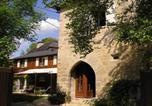 Hôtel Cublac - Chambre d'Hôtes-Tour de Garde Xive-1