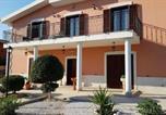 Location vacances  Province de Barletta-Andria-Trani - Villa Via Capirro I-1