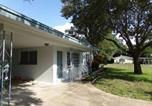Location vacances Clearwater - This home is perfect for the large family or two family vacation!-3