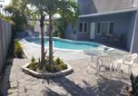 Location vacances Weston - Cozy Unit Near Downtown w/Private pool-1