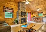 Location vacances Cherokee - Bryson City Cabin in Smoky Mountains with Hot Tub!-1