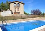 Location vacances Gironella - Villa in Casserres Sleeps 15 with Pool-4