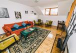 Location vacances  Bosnie-Herzégovine - Authentic and traditional apartment at Best Location-Free Parking-1