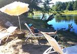 Camping en Bord de lac Gard - Camping Le Mas des Chênes-3