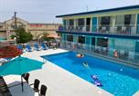 Hôtel Wildwood - Royal Court Motel-4